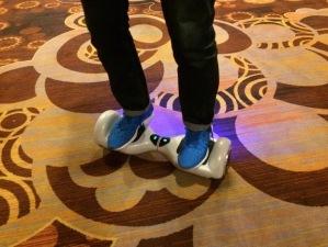 Este é o skatboard que falo no audio. Muito legal. Quero um.